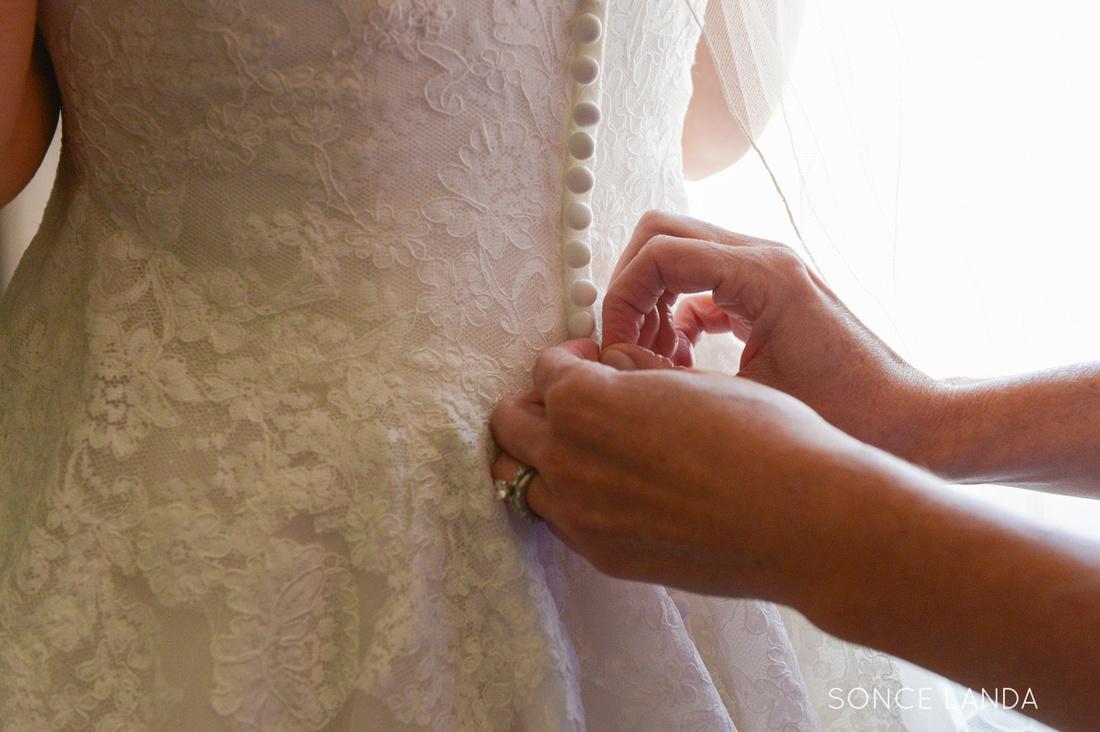 soncelanda-weddings-hands-30
