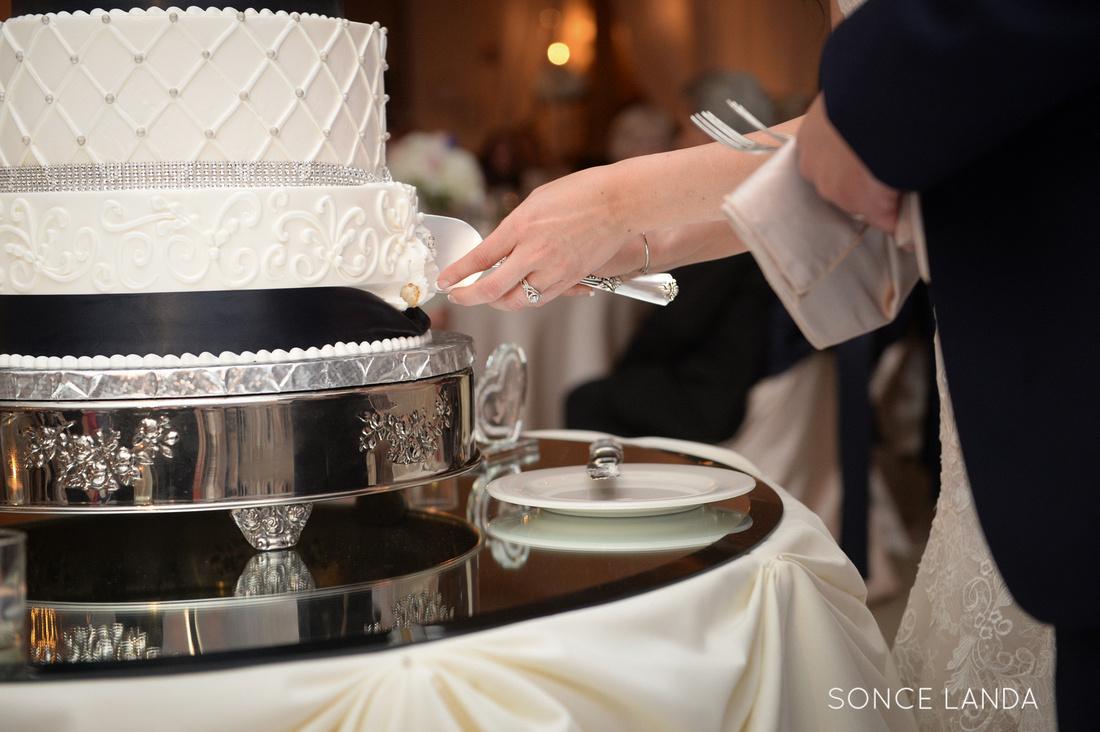 soncelanda-weddings-hands-27
