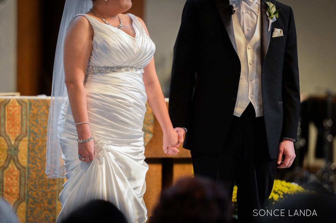 soncelanda-weddings-hands-15